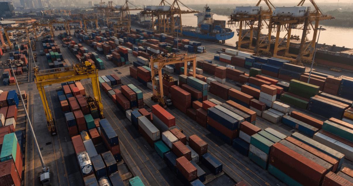 Las compañías navieras prevén que la escasez de contenedores repercutirá en otros países de Asia