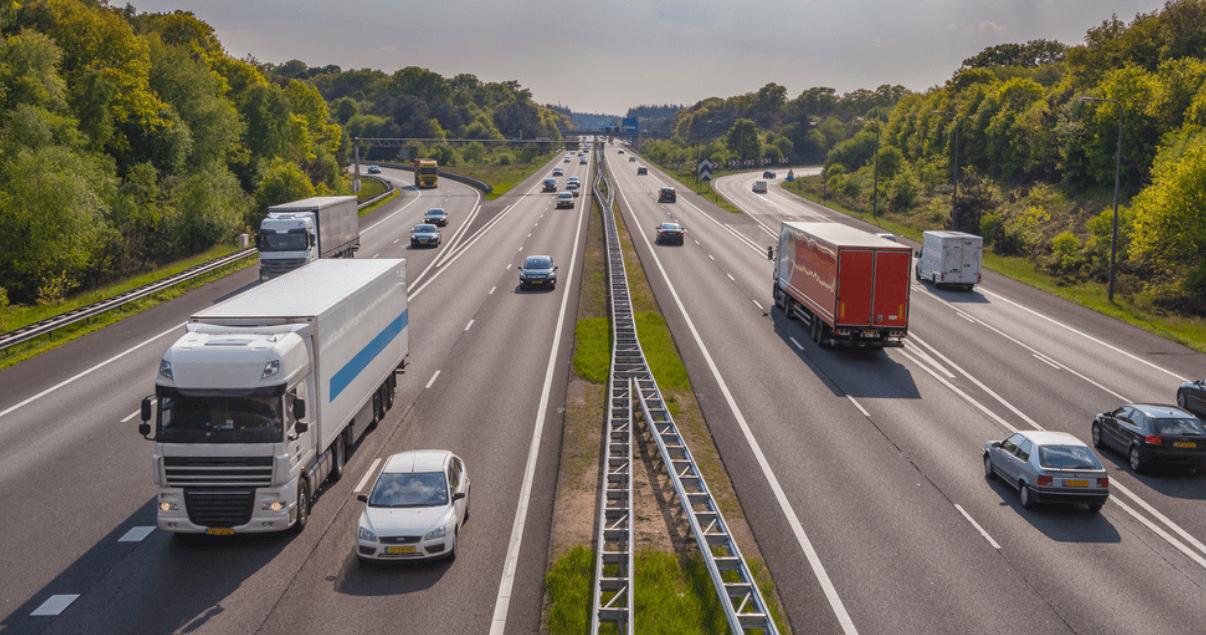 El transporte terrestre por carretera es el más eficaz para tramos cortos