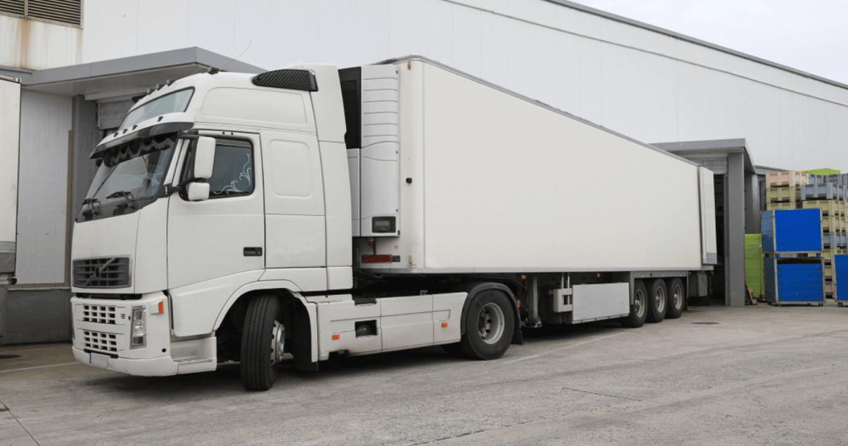 La suma de los costos del transporte de carga componen la cadena de transporte (1)