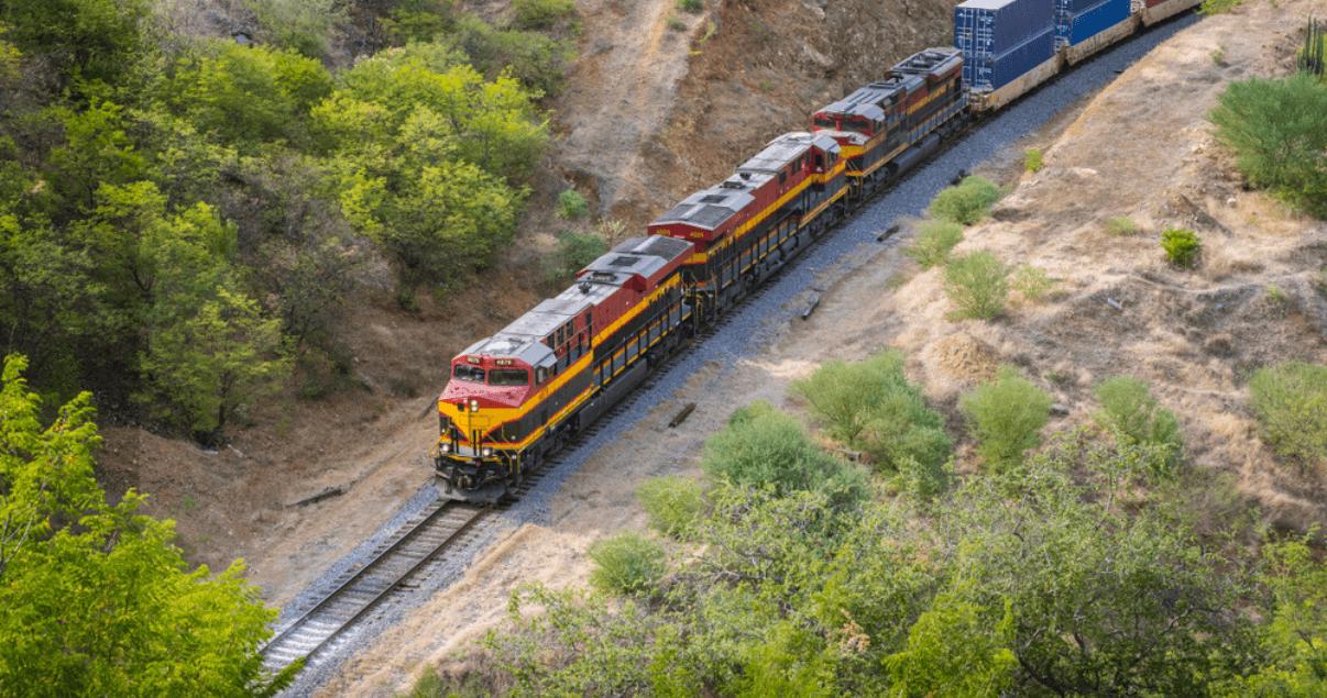 BP4_El transporte ferroviario tiene la capacidad de recorrer largos trayectos.